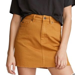 RVCA Women's Rowdy High Rise Mini Skirt - SZ 26